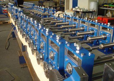 Rollformer für Blechprofilierung